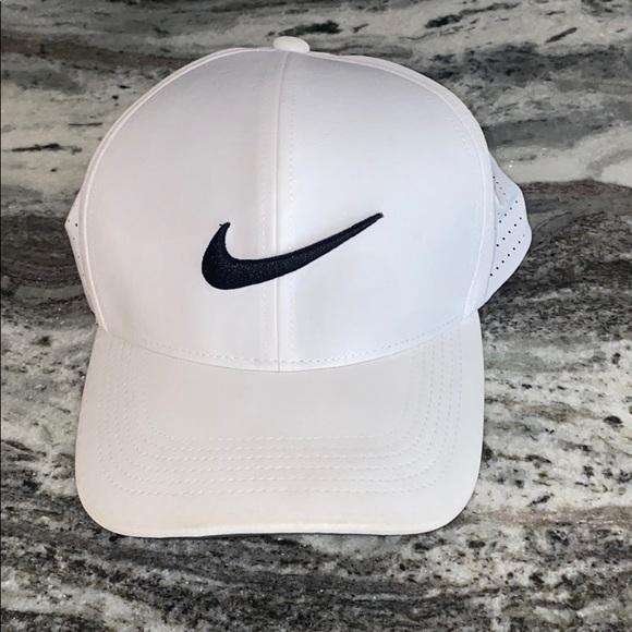 Nike Other - Nike Golf Hat